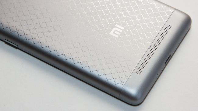 Xiaomi Redmi 3 - Back side 1