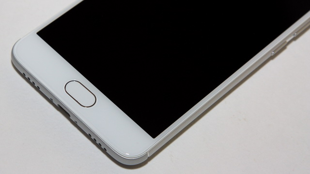 Meizu M3 Note Review - Down face side