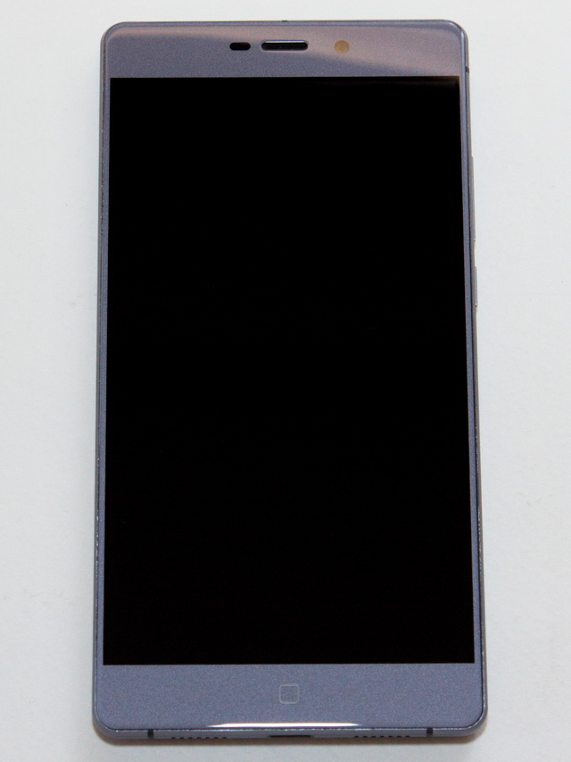 Elephone M3 Review - Face side