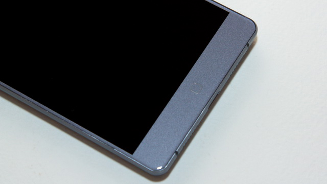 Elephone M3 Review - Down face side