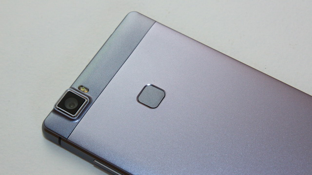 Elephone M3 Review - Up back side