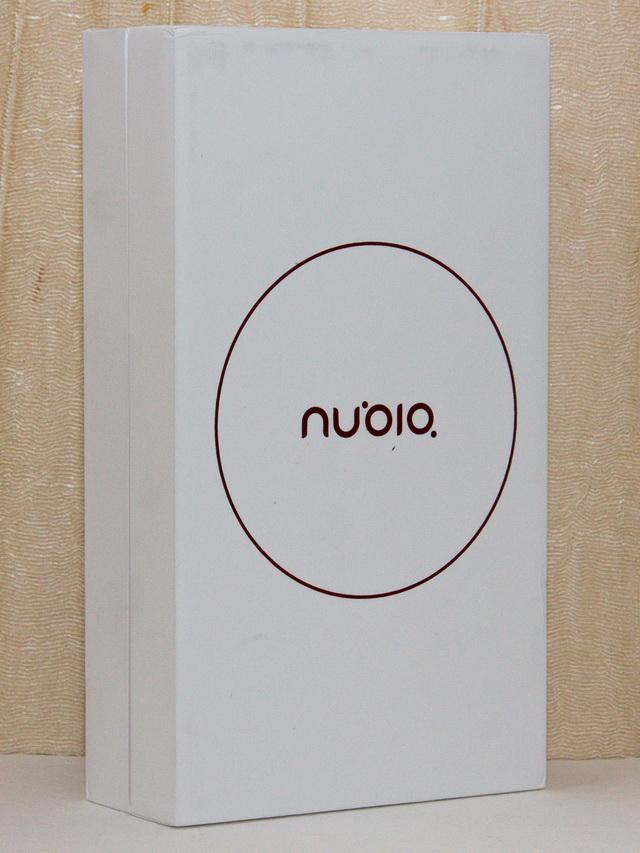 Nubia Z11 Mini Review - Box
