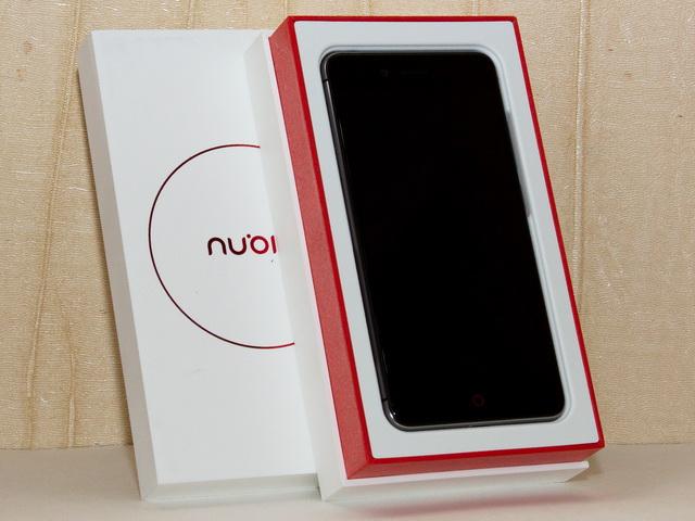 Nubia Z11 Mini Review - In box