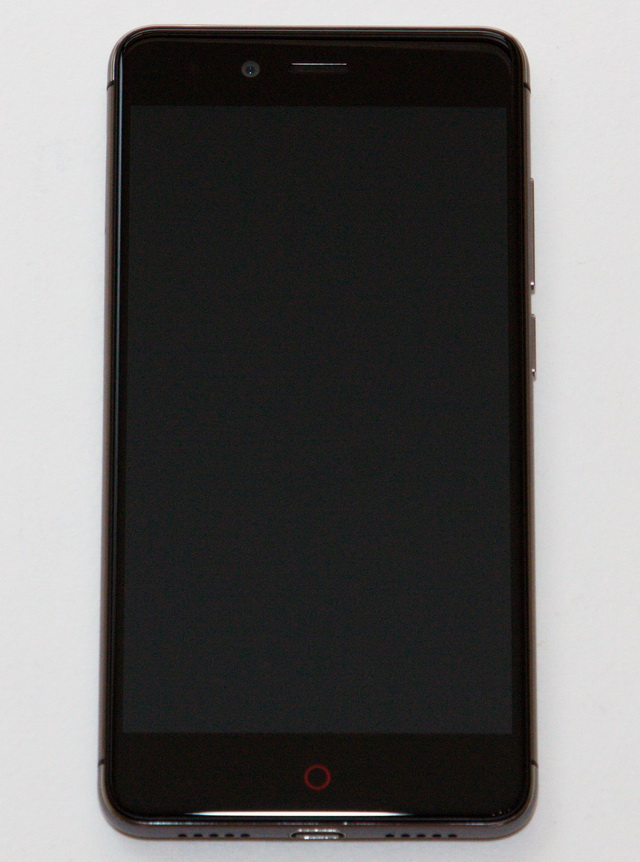 Nubia Z11 Mini Review - Face side