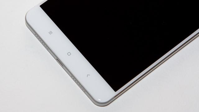 Xiaomi Mi Max Review - Down side face