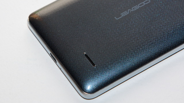 Leagoo M5 Review - Back down side