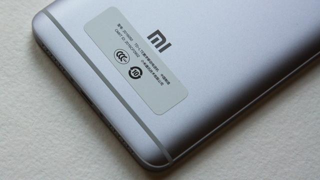 Xiaomi Redmi Note 4 Review - Down back