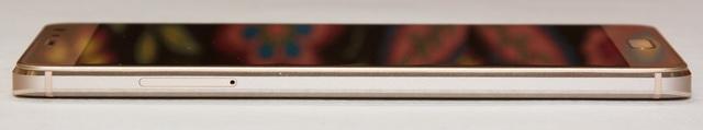 Xiaomi Redmi Pro Review - Left